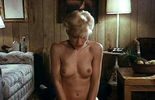 استمناء عکس های سکسی کامل گاهی اوقات آثار شگفتی, آن را به عنوان با یک زن آسیایی که یک وسیله ارتعاش و نوسان به مهبل (واژن) او قرار داده و اتفاق افتاد, در پایان, به اوج لذت جنسی جت از کار خود را. یک چشمه از لذت ریخت و از بیدمشک او