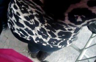 شخص دانلود فیلم کامل سکسی fucks در سگ ماده خود را با یک گربه صورتی