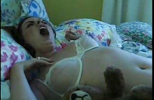 آسا آکیرا دهان خود را با یک خروس ضخیم پر سکس سوپر کامل می کند ، 2. بخش
