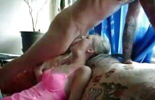 سگ ماده, انگشت, خروس مکیدن دانلود کامل فیلم سکسی با پاهای خود را