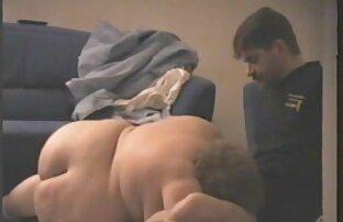 دختر نوجوان fucks در کلیپ سکس کامل و بیدمشک او