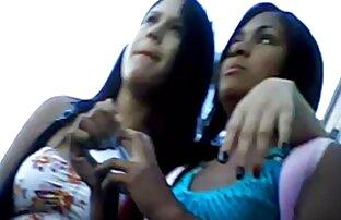 دختر داغ دانلود رایگان فیلم سکسی کامل می شود توسط انگشتان دست