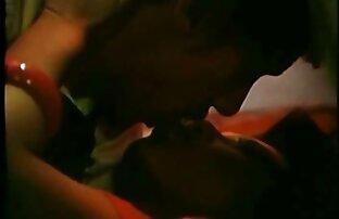 دختر قادر به تجربه لذت در رختخواب با یک مرد با استفاده از یک دستگاه برای نشستن در مقابل یک عضو دانلود فیلم های سکسی کامل مصنوعی