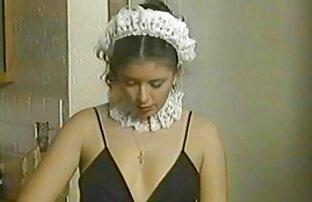 شوهر یک ماساژ داده می شود و دختر ژاپنی آن را روشن می کند ، خودارضایی فیلم سکسی کامل خارجی بیدمشک او