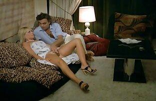 Kira می شود فاک سخت فیلم سکس داستانی کامل توسط یک مرد ریشو
