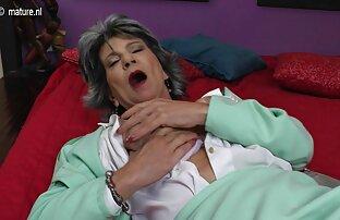فاحشه مجبور شوهرش به مکیدن دیک کثیف, و سپس او را با یک عکس سکسی کامل بند در زیر کلیک