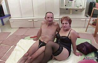 مامان سکس کامل جدید با کیر بزرگ را دوست دارد جوجه طیف